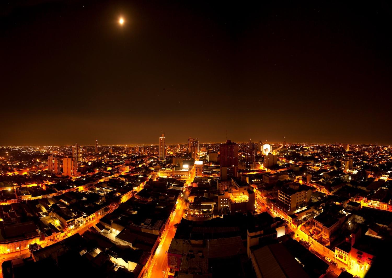Asuncion de nuit, Paraguay