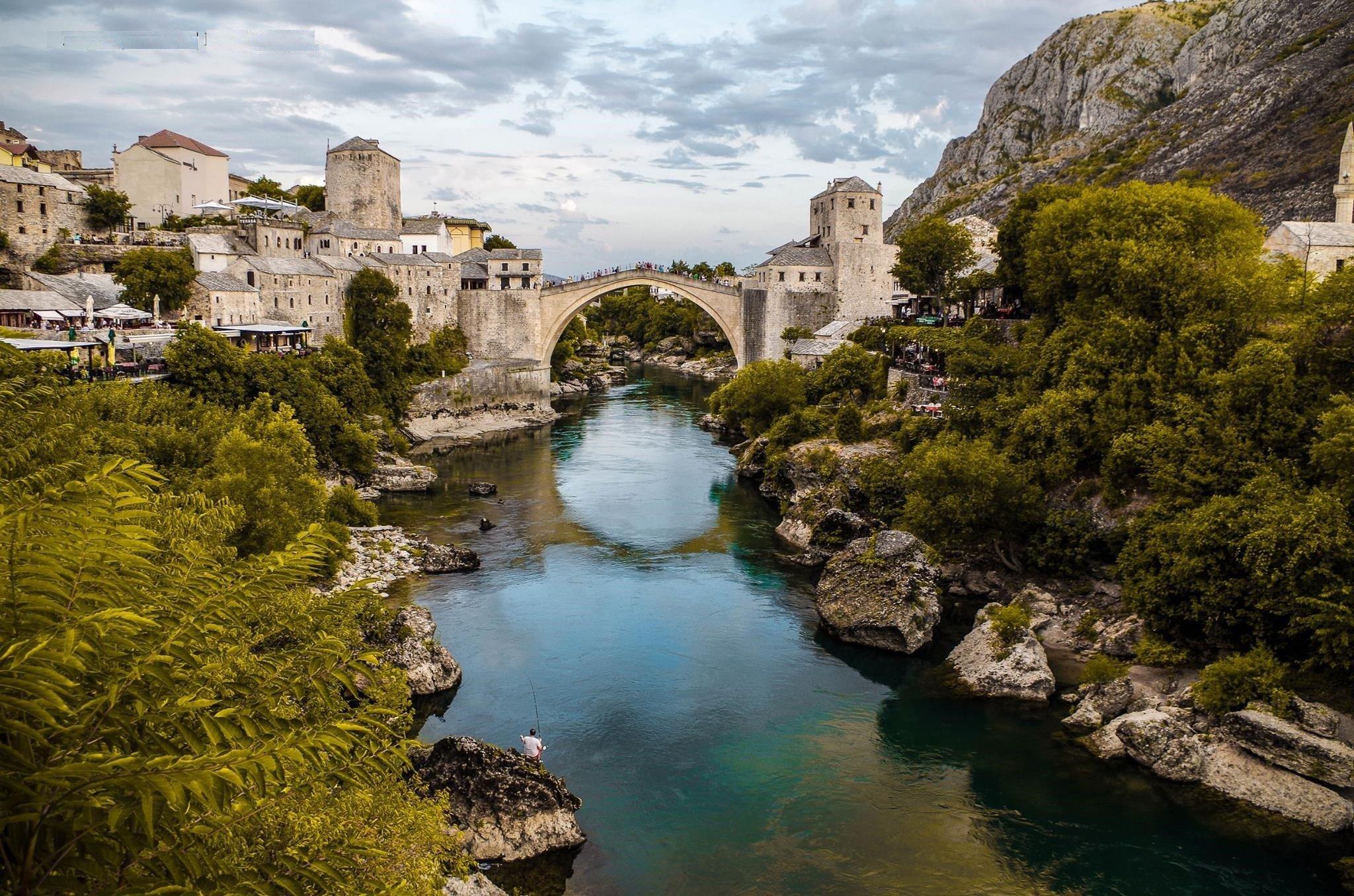 Pont en pierres, vieille ville de Mostar, Bosnie-et-Herzégovine