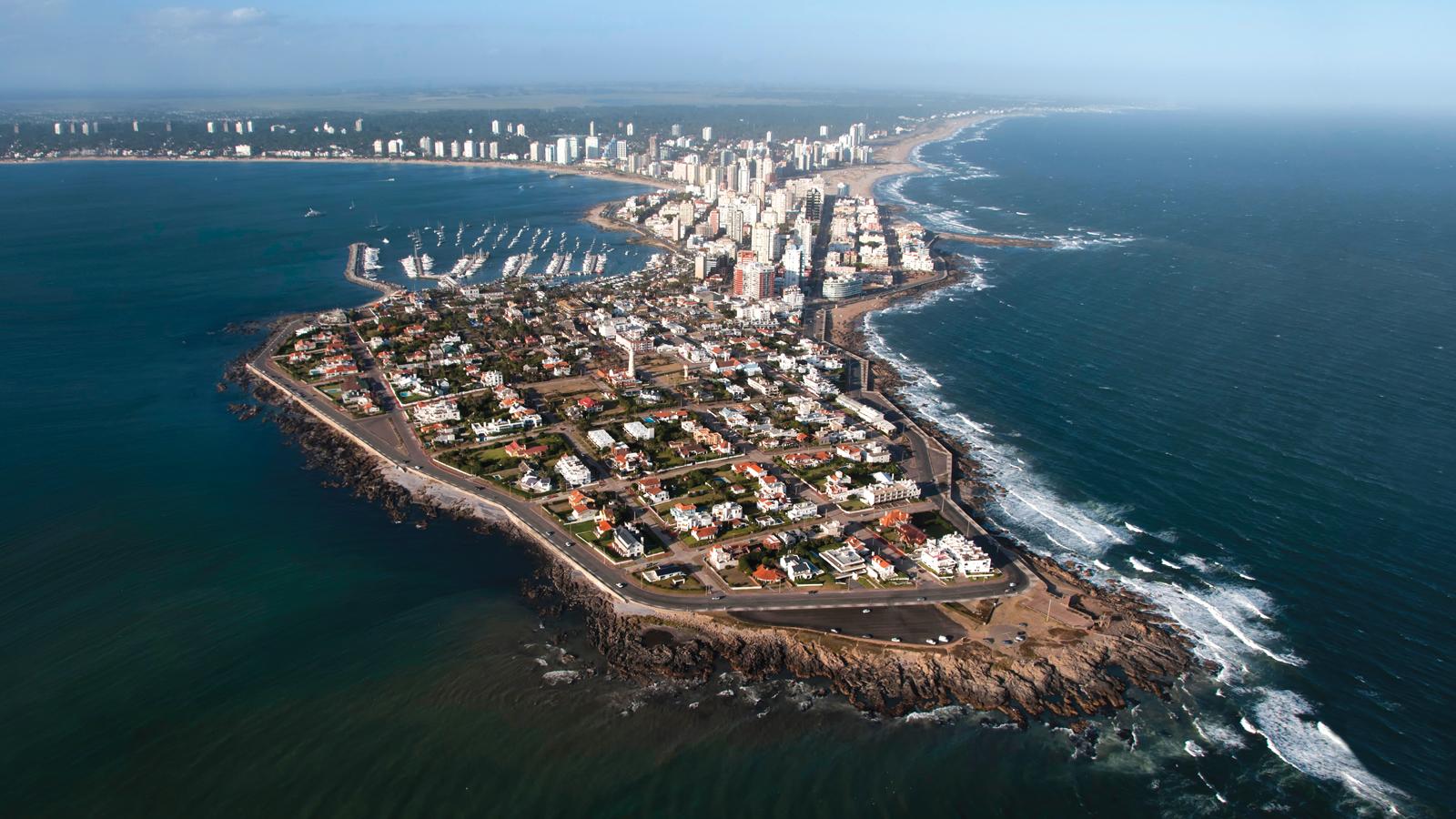 Péninsule de Punta del Este, station balnéaire d'Uruguay