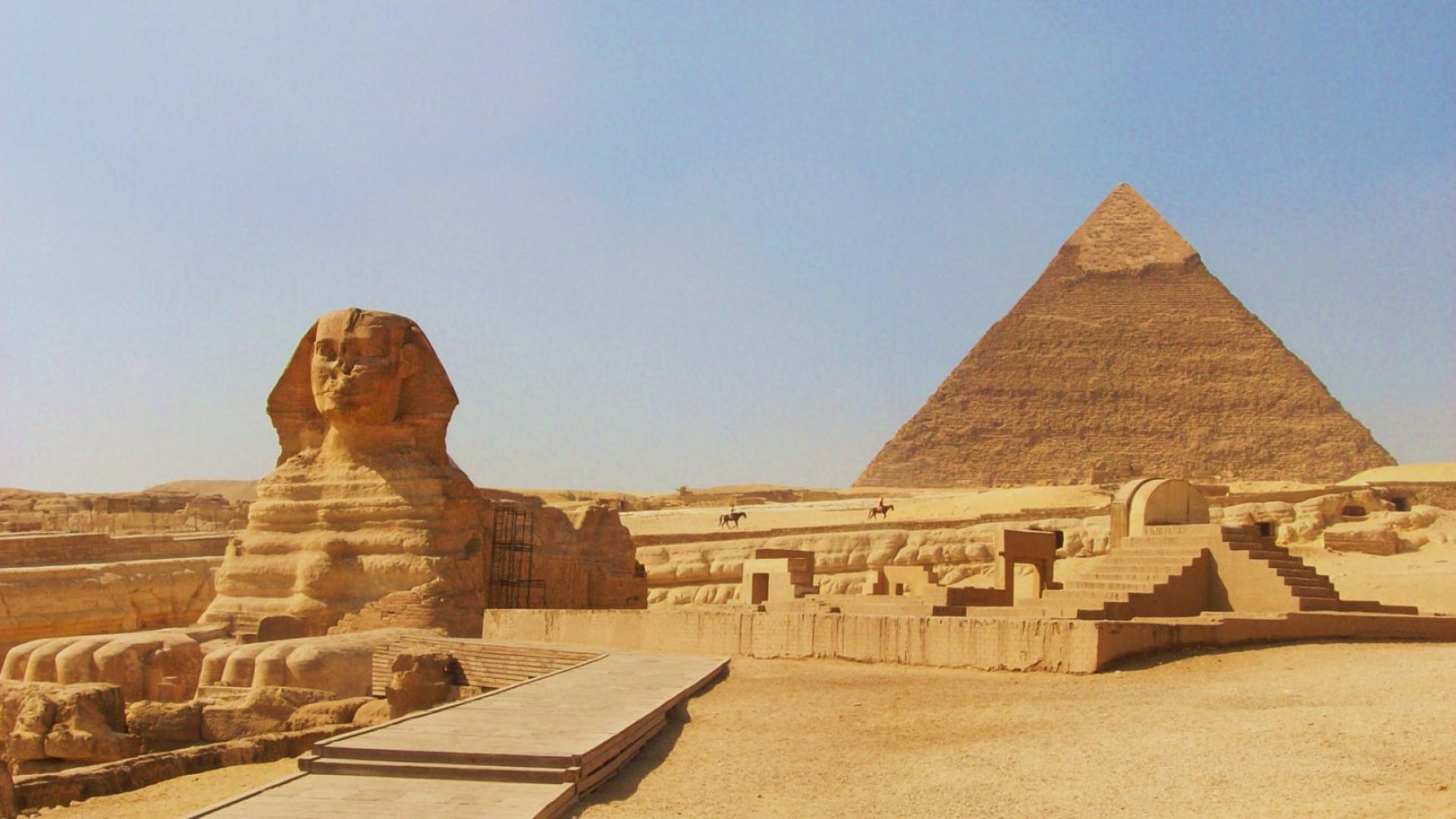 Pyramide et Sphinx de Gizeh, Le Caire, Égypte.