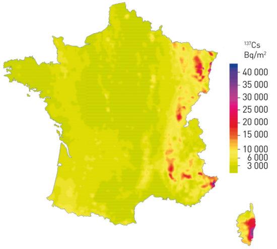France - dépôts théoriques en césium 137 provenant des essais nucléaires atmosphériques et de l'accident de Tchernobyl