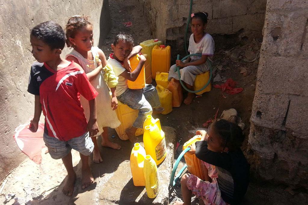 Des enfants au Yémen sont confrontés à des pénuries en raison du conflit