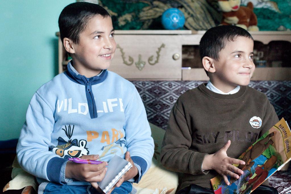 Enfants orphelins en Roumanie
