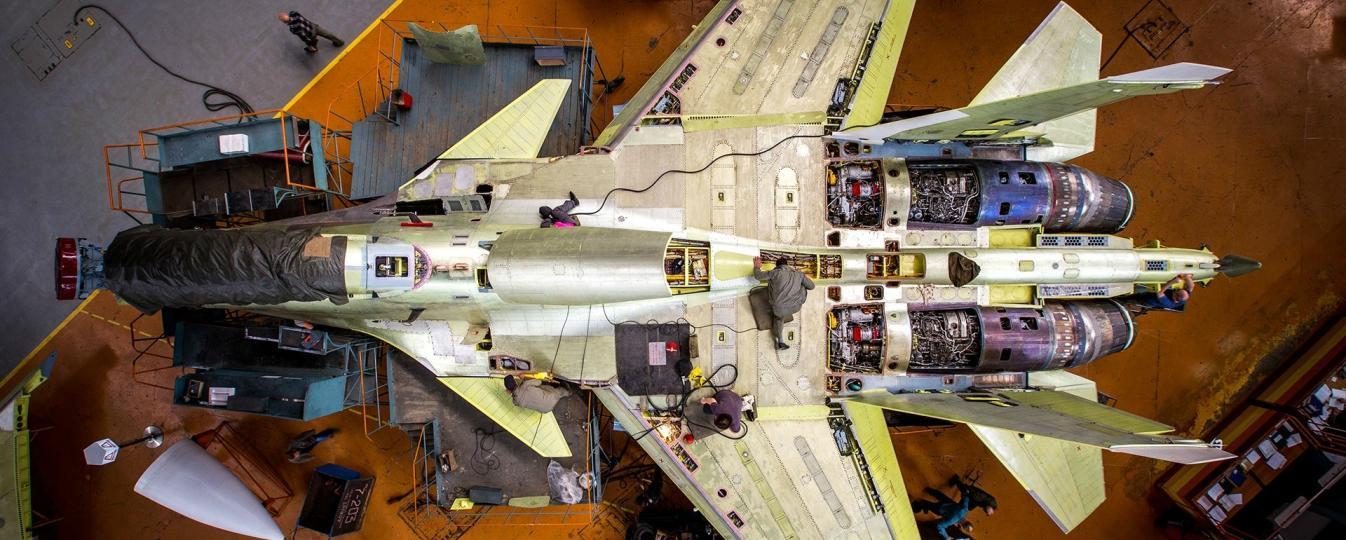Fabrication d'un avion de combat russe Sukhoi Su-30