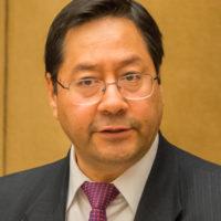 Luis Arce devient président de la Bolivie