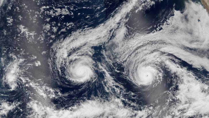 Les ouragans Madeline et Lester sur la même image satellite
