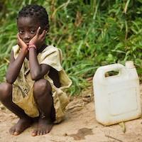 500 enfants meurent chaque jour en Afrique à cause de l'eau insalubre