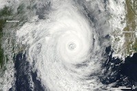 Isaac, transformé en ouragan, déferle sur la Louisiane