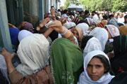 Pakistan : les violences risquent de déplacer 800 000 personnes de plus