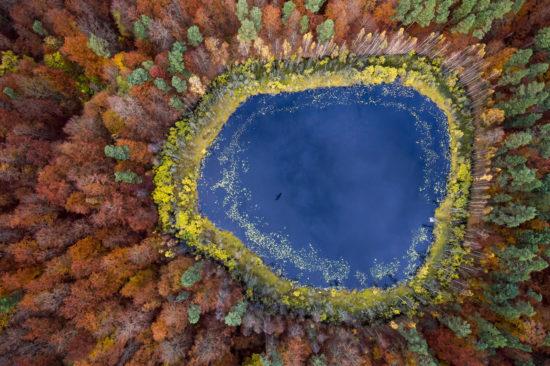 Pologne - Lac en automne, Poméranie